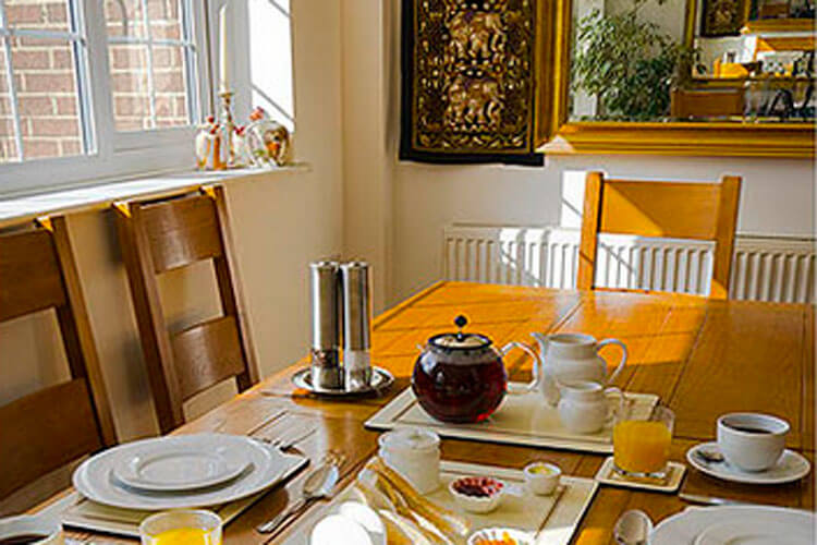 Woodland Views Bed and Breakfast - Image 3 - UK Tourism Online