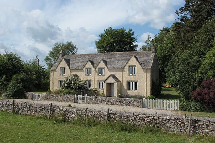 Hartwell Farm Cottages - Image 1 - UK Tourism Online