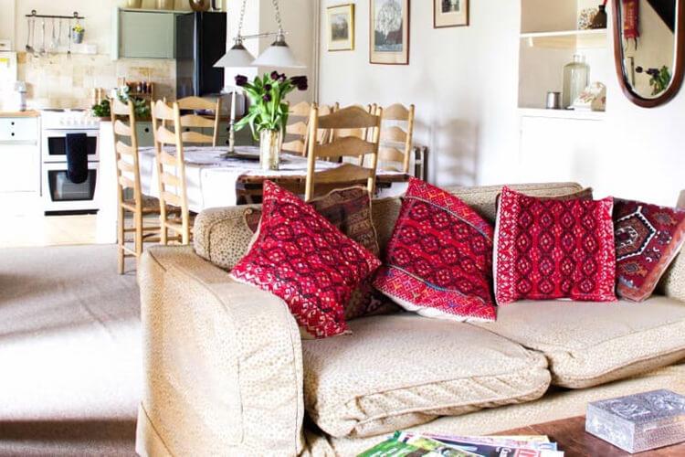 Owlpen Manor Cottages - Image 2 - UK Tourism Online