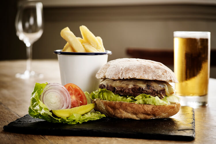 The Masons Arms - Image 4 - UK Tourism Online