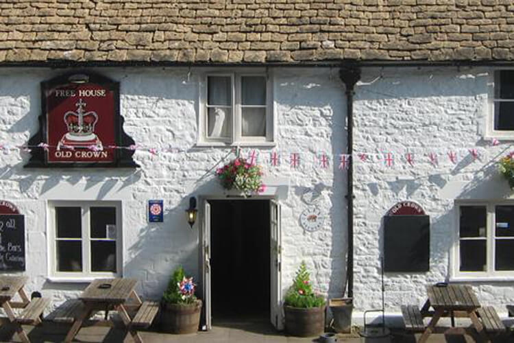 The Old Crown Inn - Image 1 - UK Tourism Online