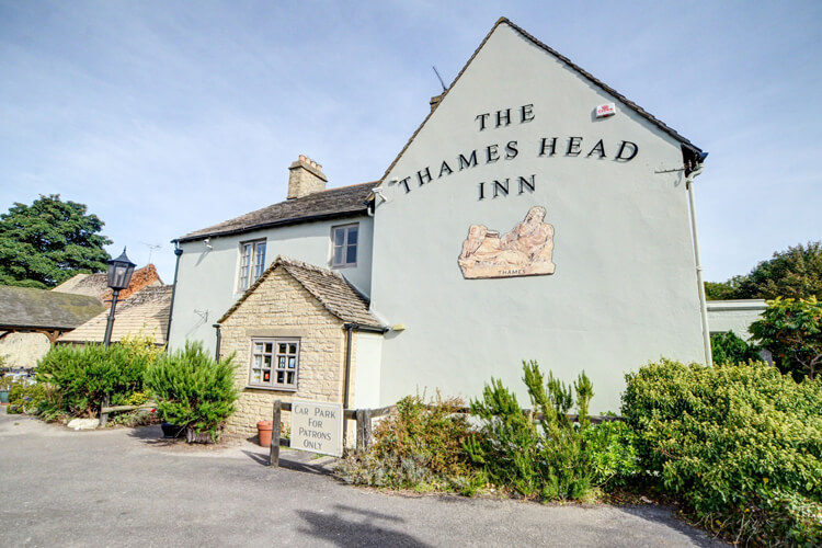 The Thames Head Inn - Image 1 - UK Tourism Online