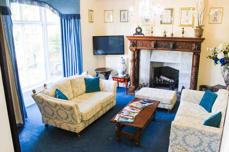 Blorenge House Hotel - Image 5 - UK Tourism Online