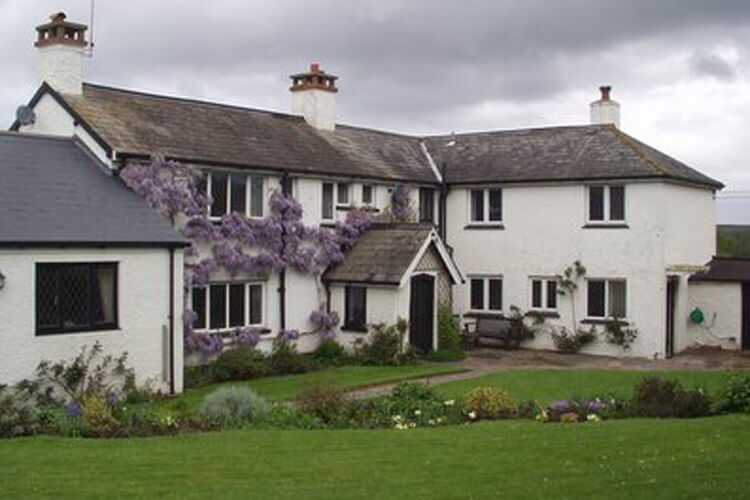 Bournestream Bed and Breakfast and Self Catering - Image 1 - UK Tourism Online