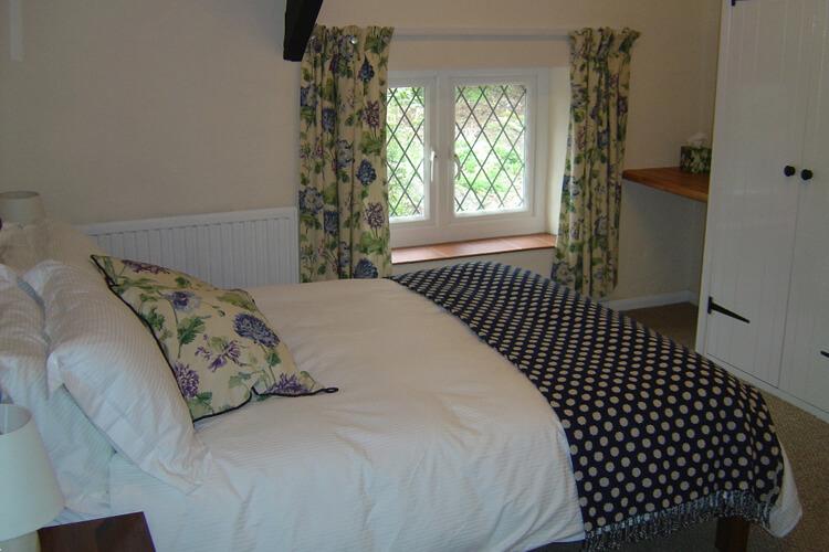 Cascade Cottage - Image 3 - UK Tourism Online