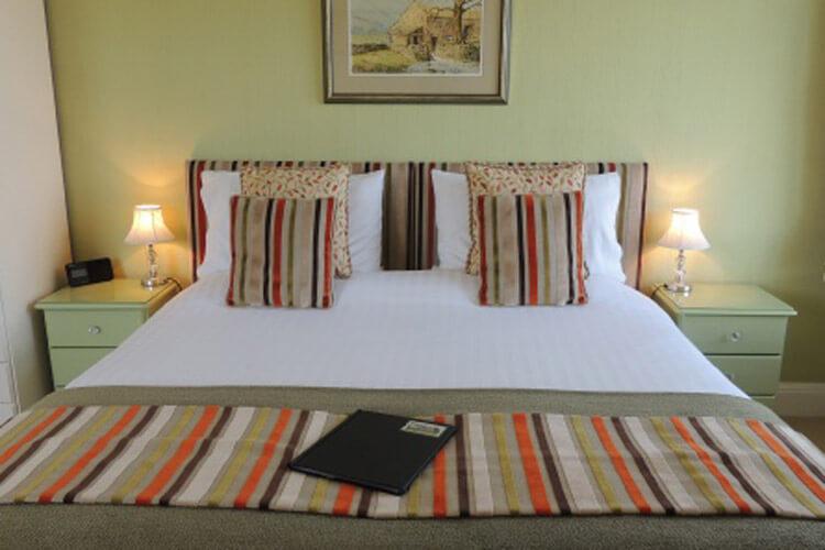 Cedar House - Image 2 - UK Tourism Online