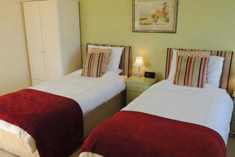 Cedar House - Image 3 - UK Tourism Online