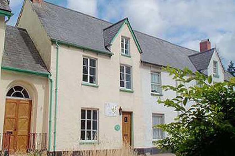 Chapel Cottage - Image 1 - UK Tourism Online