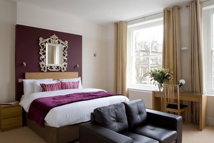 Clifton House - Image 1 - UK Tourism Online