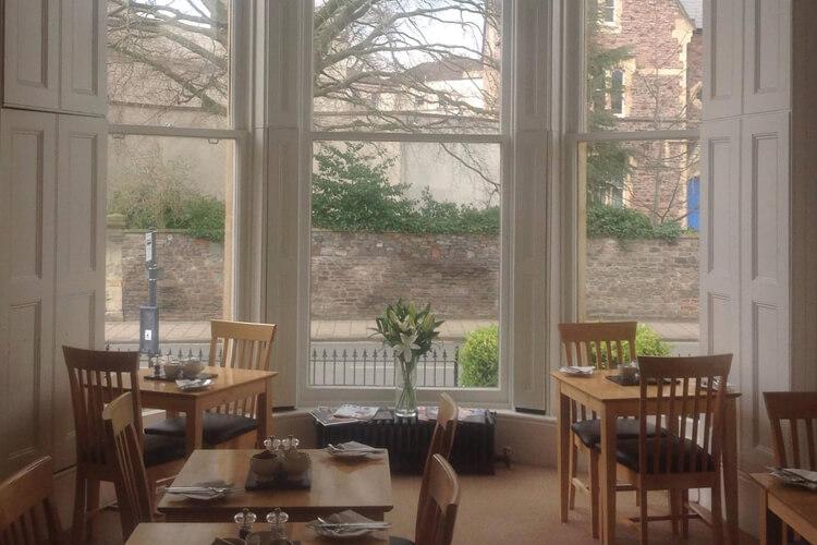 Clifton House - Image 5 - UK Tourism Online