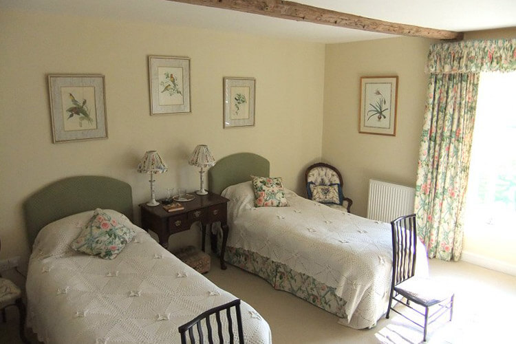 Coxley House - Image 2 - UK Tourism Online