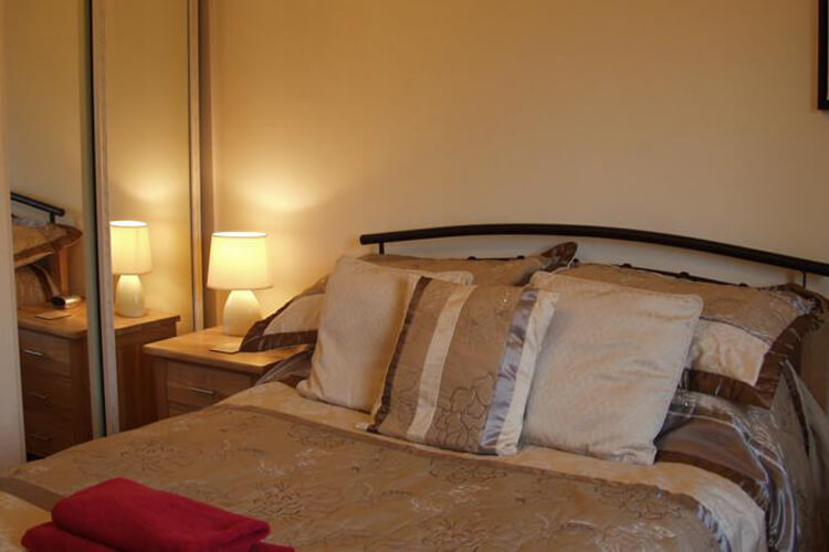 Crossover House Bed and Breakfast - Image 3 - UK Tourism Online