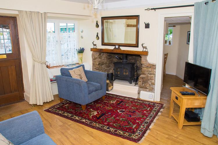 Crown Cottage - Image 3 - UK Tourism Online