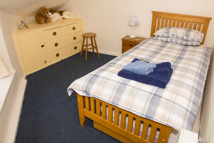 Crown Cottage - Image 5 - UK Tourism Online