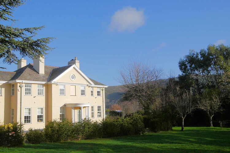 Exmoor House - Image 1 - UK Tourism Online