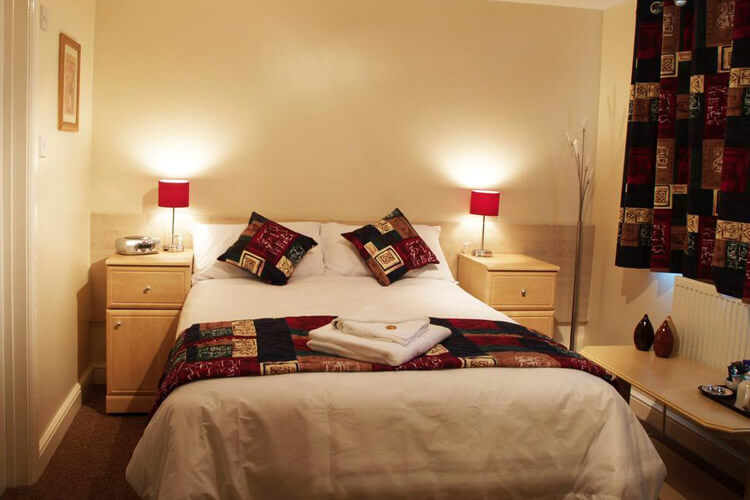 Hawk House - Image 2 - UK Tourism Online