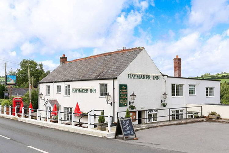 The Haymaker Inn - Image 1 - UK Tourism Online
