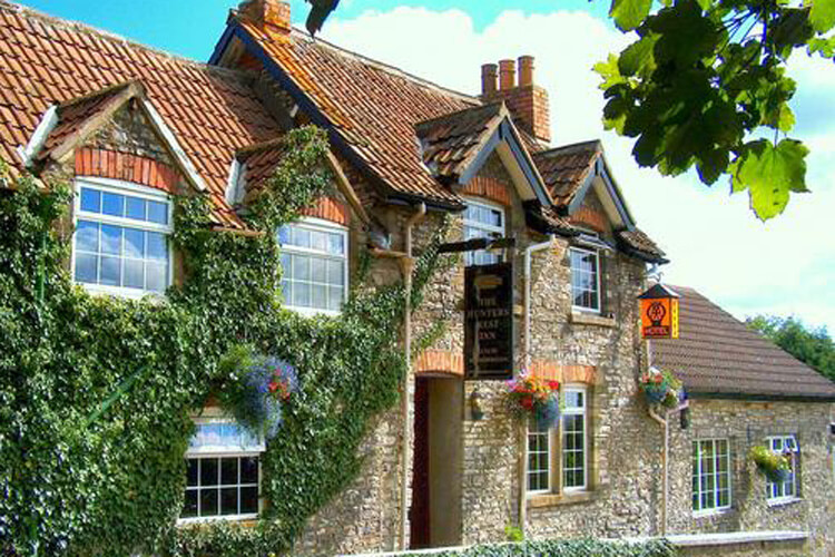 The Hunters Rest Inn - Image 1 - UK Tourism Online