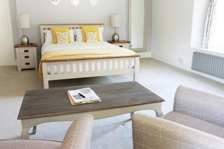 The Hatch Inn - Image 1 - UK Tourism Online