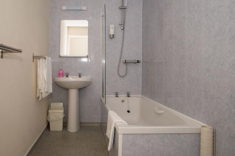 The Malt Shovel Inn - Image 3 - UK Tourism Online