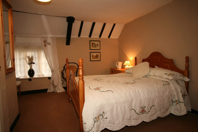 The Manor Arms - Image 3 - UK Tourism Online