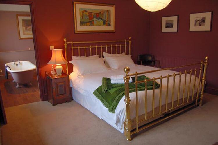 The Oakhill Inn - Image 1 - UK Tourism Online