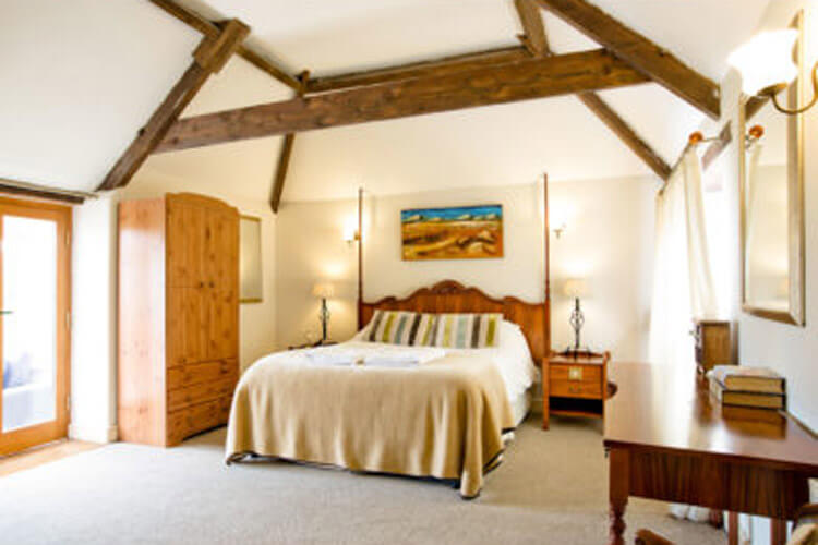 The Place To Stay - Image 2 - UK Tourism Online
