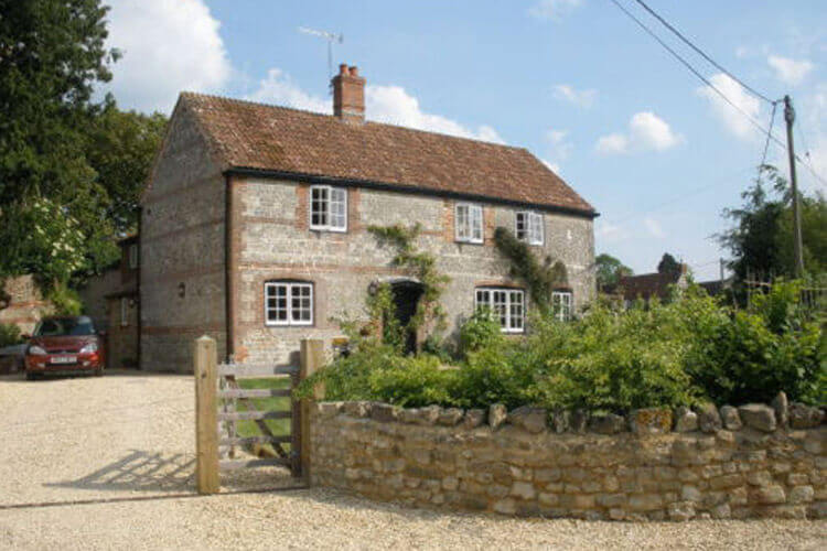 92 Monkton Deverill Bed and Breakfast - Image 1 - UK Tourism Online