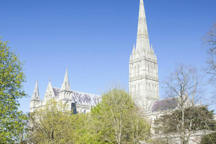 Cathedral View - Image 4 - UK Tourism Online