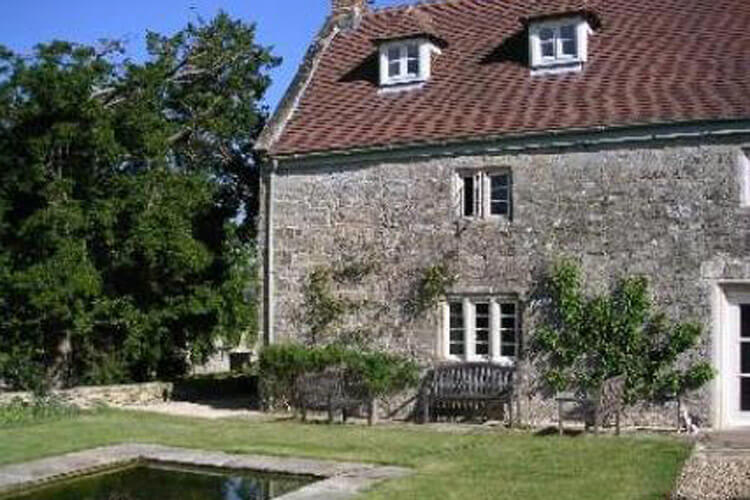 Cools Farm Bed and Breakfast and Cottages - Image 1 - UK Tourism Online