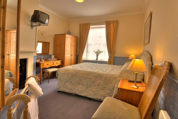 Fairlawn House - Image 3 - UK Tourism Online