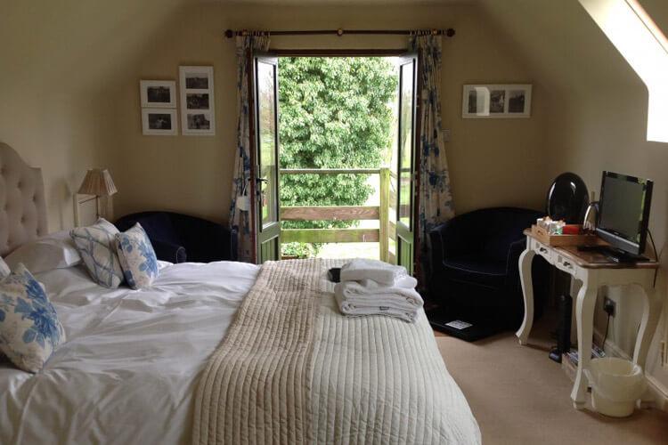 Great Ashley House - Image 2 - UK Tourism Online