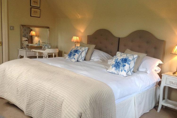 Great Ashley House - Image 4 - UK Tourism Online