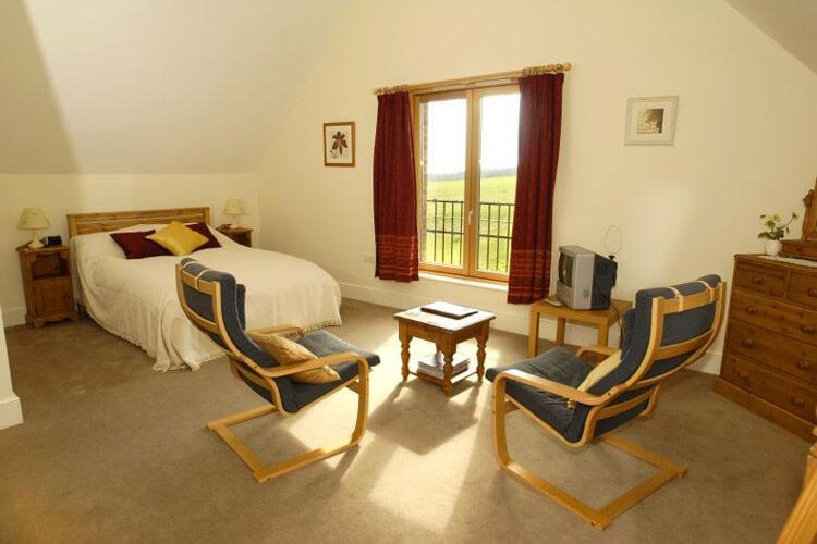 Lodge Farmhouse Bed & Breakfast - Image 3 - UK Tourism Online