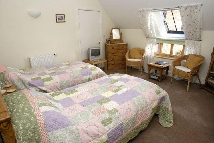 Lodge Farmhouse Bed & Breakfast - Image 4 - UK Tourism Online