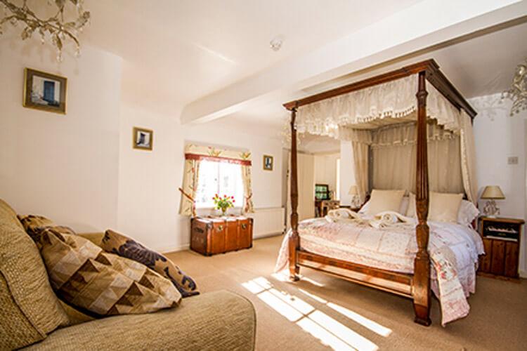 Newton Farmhouse - Image 2 - UK Tourism Online