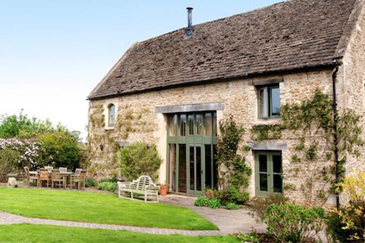 Park Farm Barn - Image 1 - UK Tourism Online