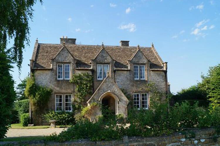 Pickwick Lodge Farm - Image 1 - UK Tourism Online