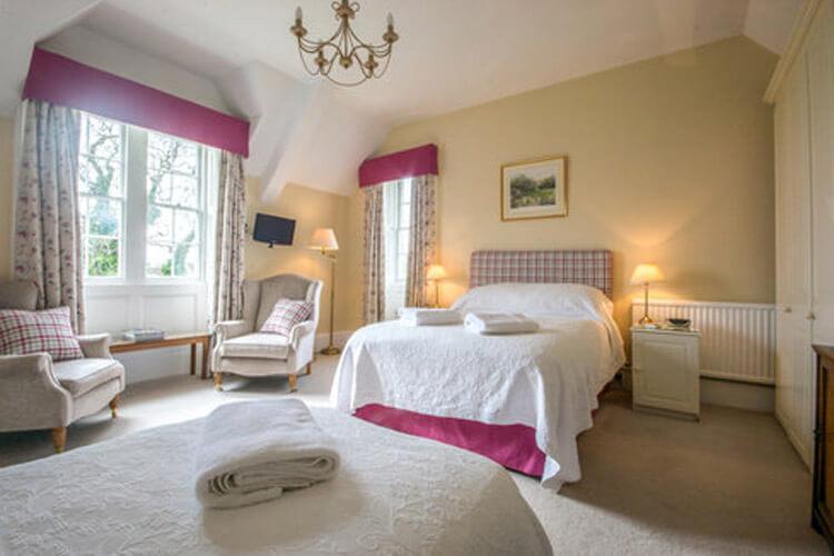 Pickwick Lodge Farm - Image 2 - UK Tourism Online