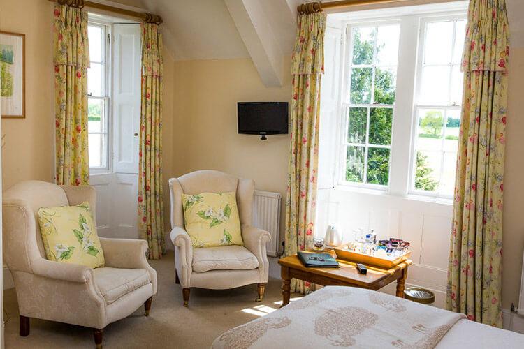 Pickwick Lodge Farm - Image 4 - UK Tourism Online