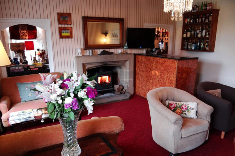 Rollestone Manor - Image 5 - UK Tourism Online