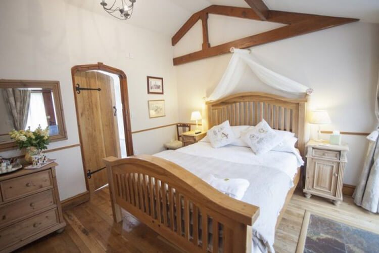 The Beeches Farmhouse Bed And Breakfast - Image 1 - UK Tourism Online