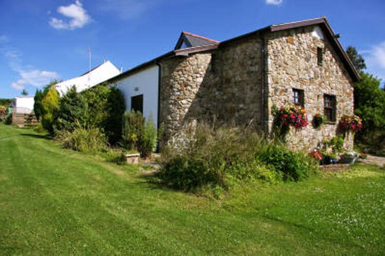 Blaen Cedi Cottages - Image 1 - UK Tourism Online