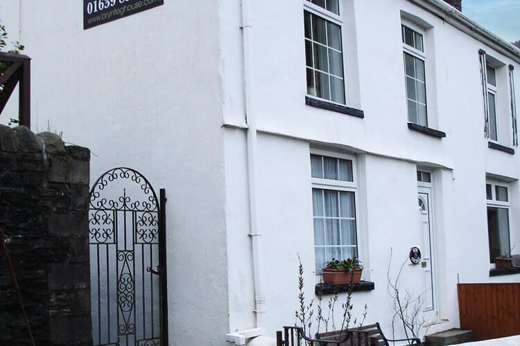 Brynteg House Cottages - Image 1 - UK Tourism Online