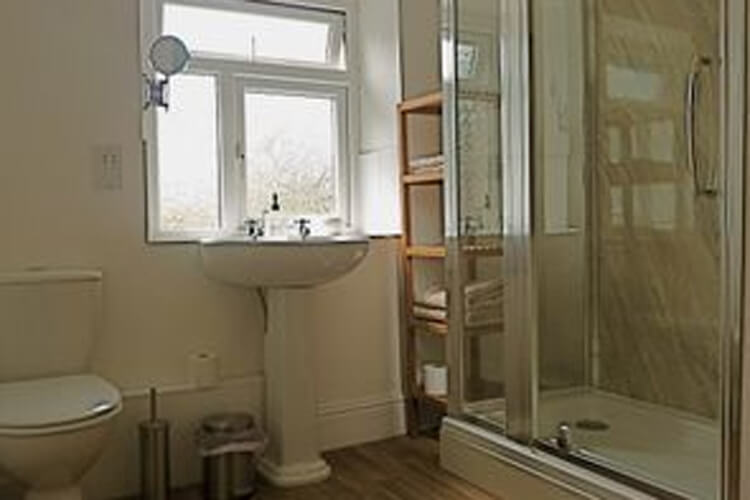 Raven View Cwmcarn Holiday Accommodation - Image 3 - UK Tourism Online
