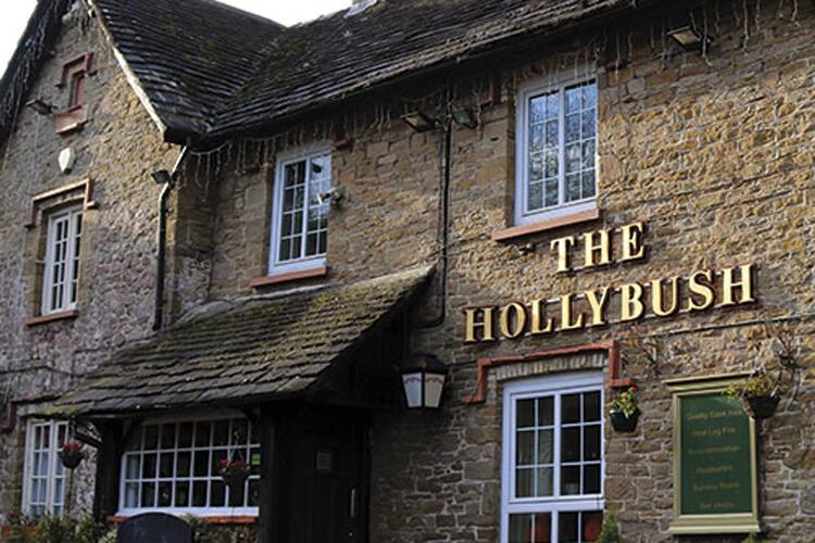 The Hollybush Inn - Image 1 - UK Tourism Online