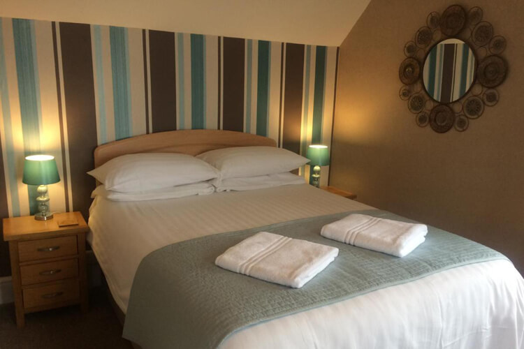 Highcliffe Hotel - Image 2 - UK Tourism Online