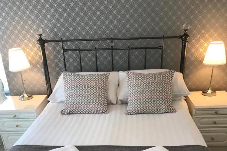 Highcliffe Hotel - Image 3 - UK Tourism Online