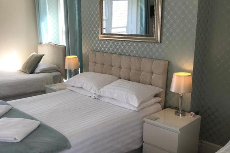 Highcliffe Hotel - Image 4 - UK Tourism Online