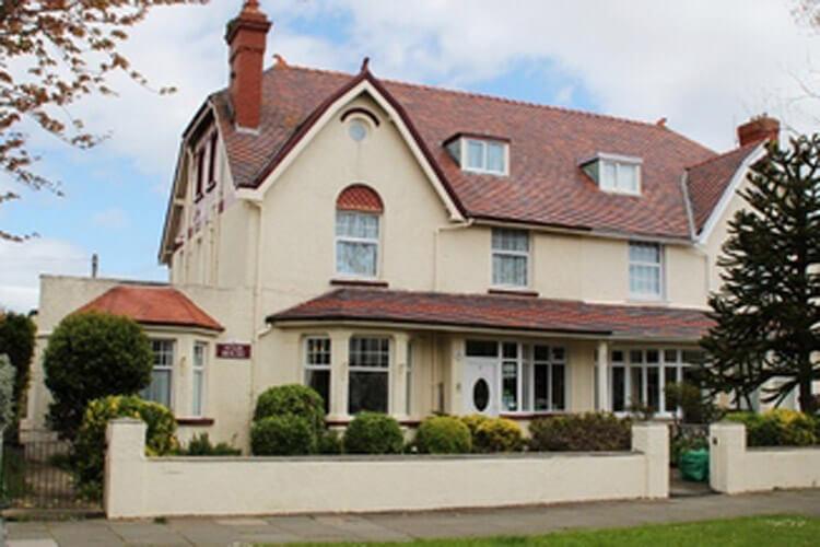 Agar House Guest House - Image 1 - UK Tourism Online